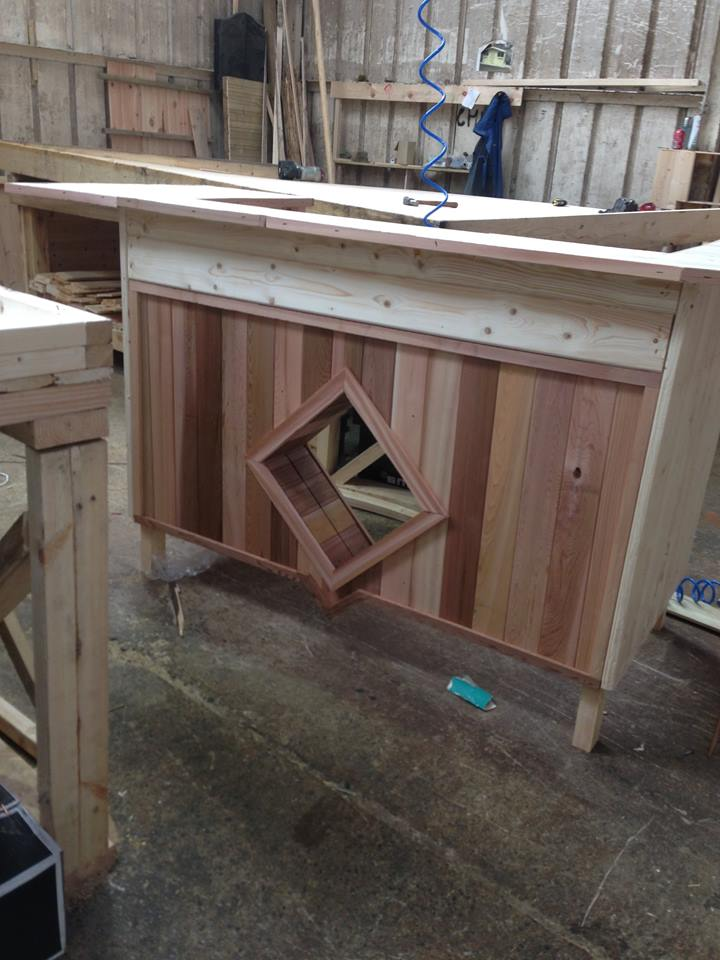 Cedar Fronted Mirror Bar